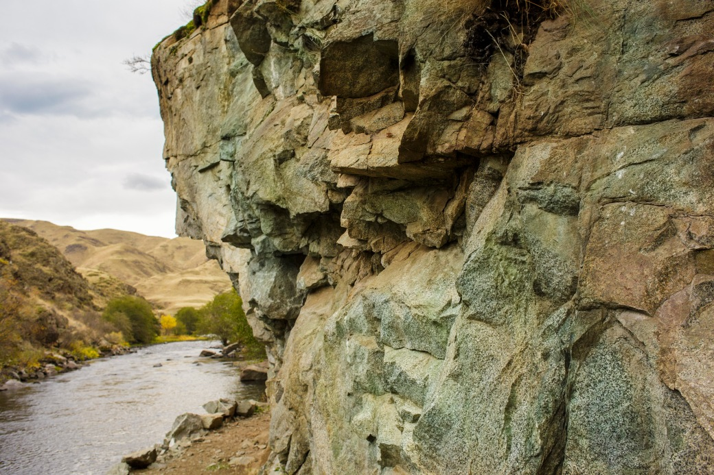 imnaha-river-trail-diorite